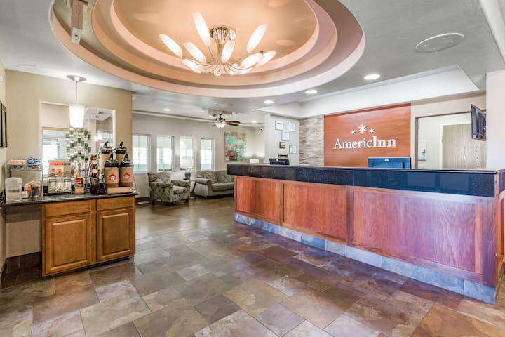 americinn by wyndham des moines airport des moines hotels ia 50315