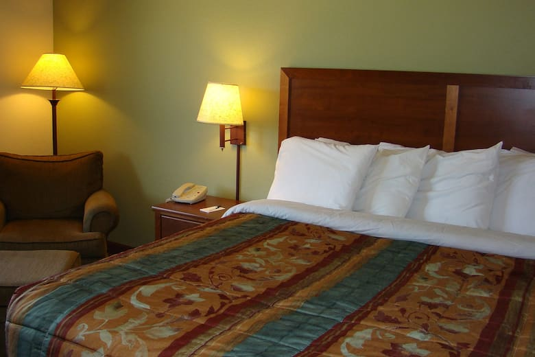 Guest Room At The Americinn Lodge Suites Kewanee In Illinois