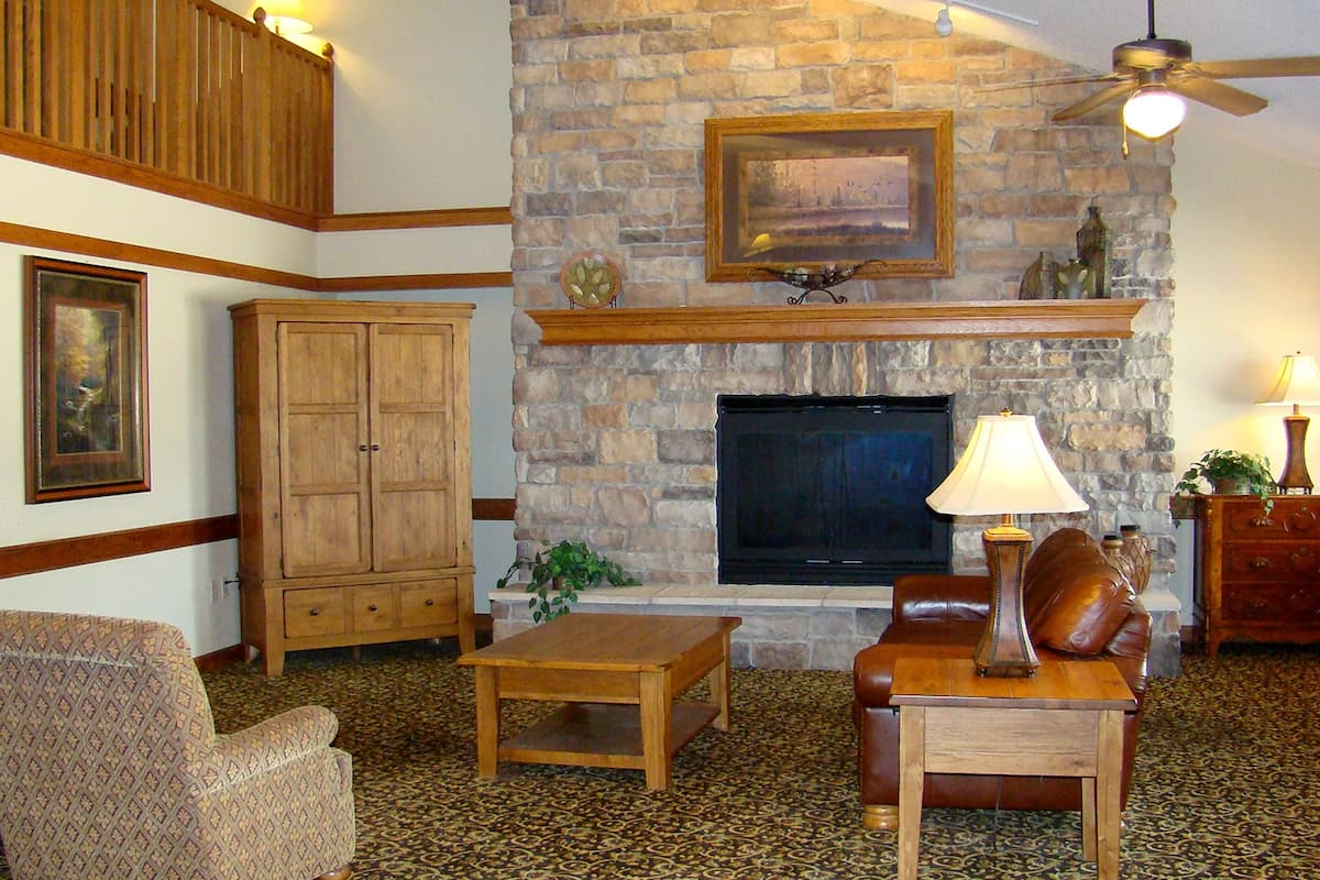 Americinn Lodge Suites Kewanee Hotel Lobby In Illinois