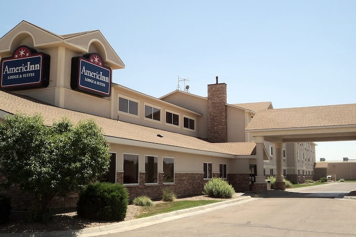 exterior of americinn by wyndham garden city hotel in garden city kansas - Garden City Hotel
