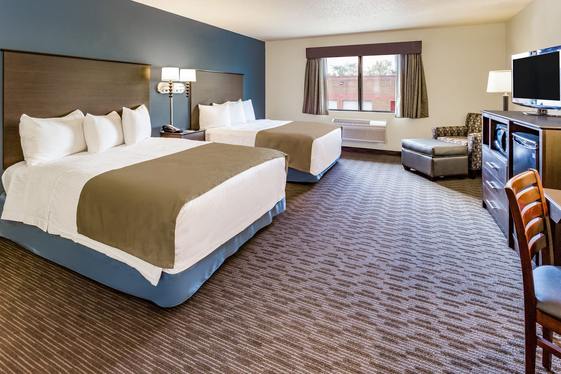 Americinn By Wyndham Hotel And Suites Long Lake Long