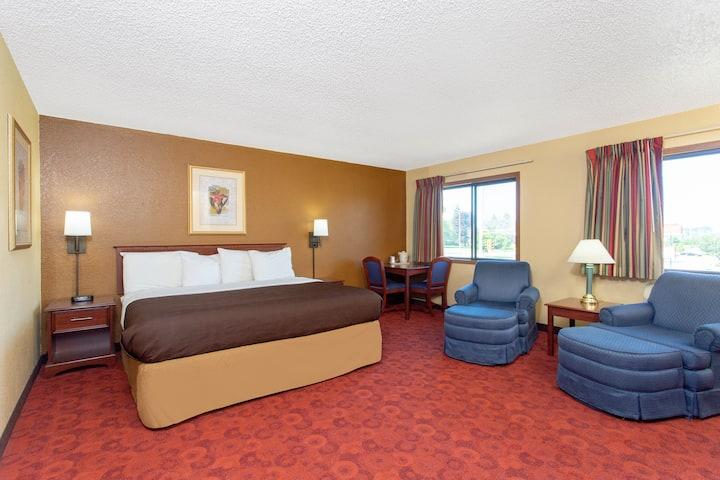 Americinn By Wyndham West Bend West Bend Wi Hotels