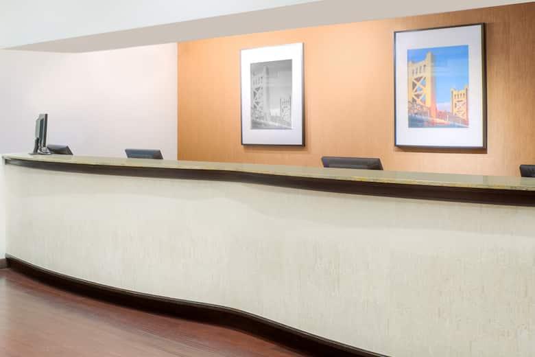 Hawthorn Suites By Wyndham Sacramento Hotel Lobby In California