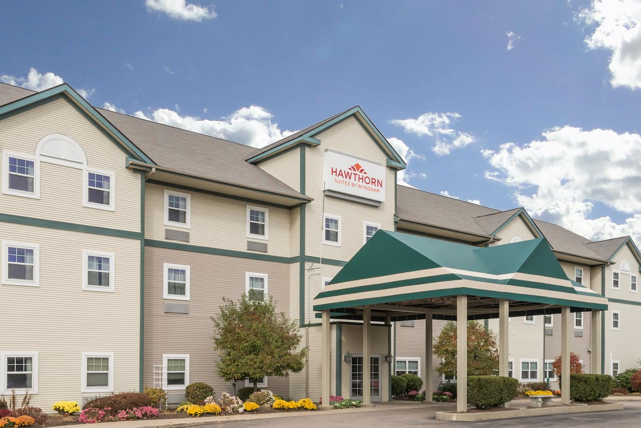 Hawthorn Suites by Wyndham Franklin / Milford Area in Providence, Rhode Island