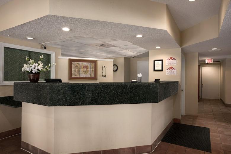 Lighting Corner Chicago Drive Southwest Grandville Mi Select Homes And Construction Inc Diane