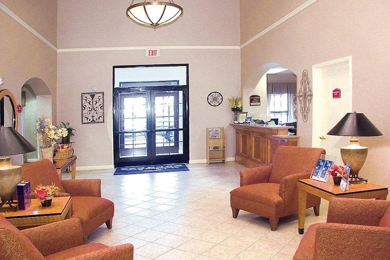 Baymont Inn Suites Fultondale Hotel Lobby In Alabama