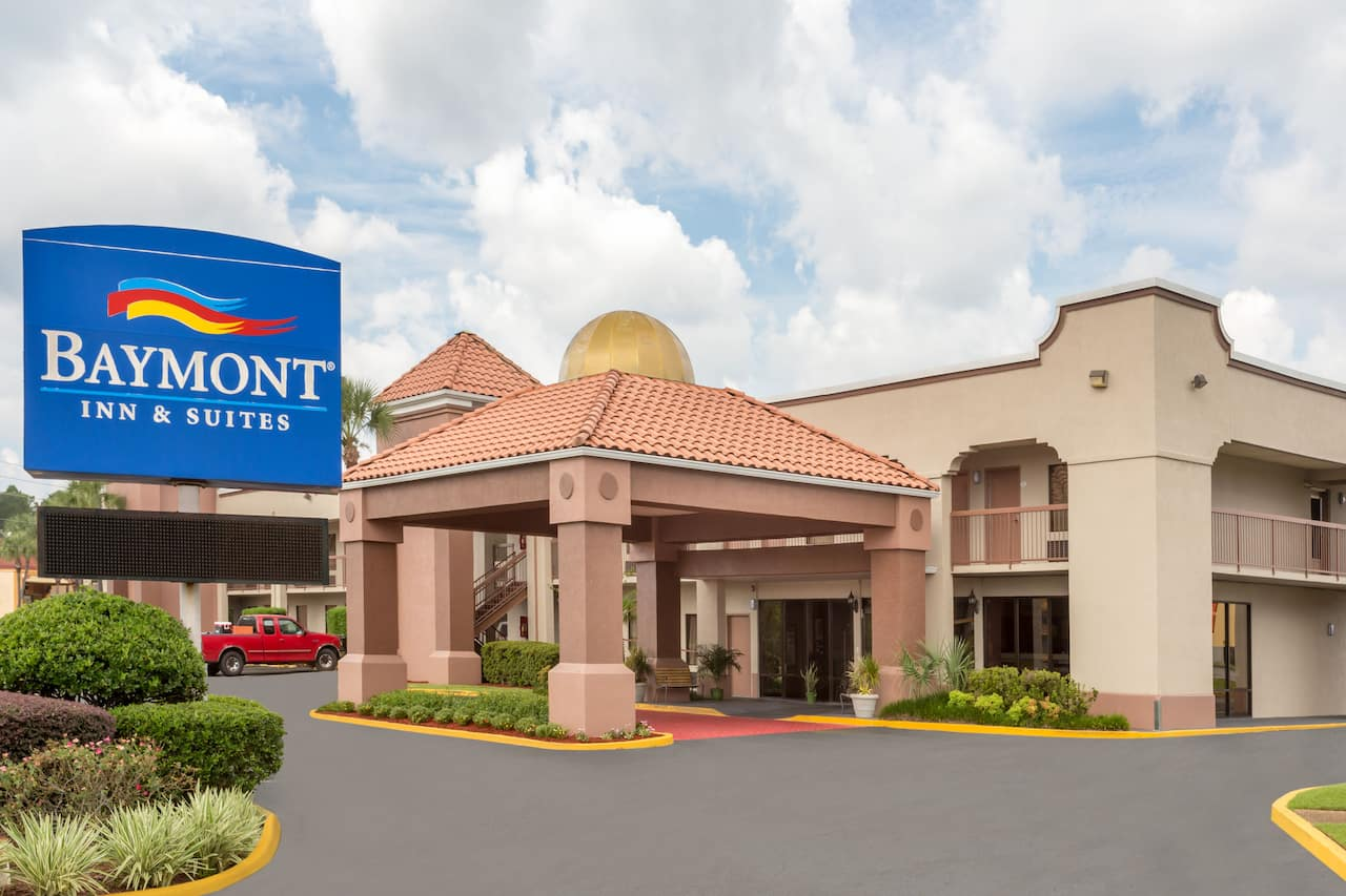 Baymont Inn & Suites Mobile/Tillmans Corner in Mobile, Alabama