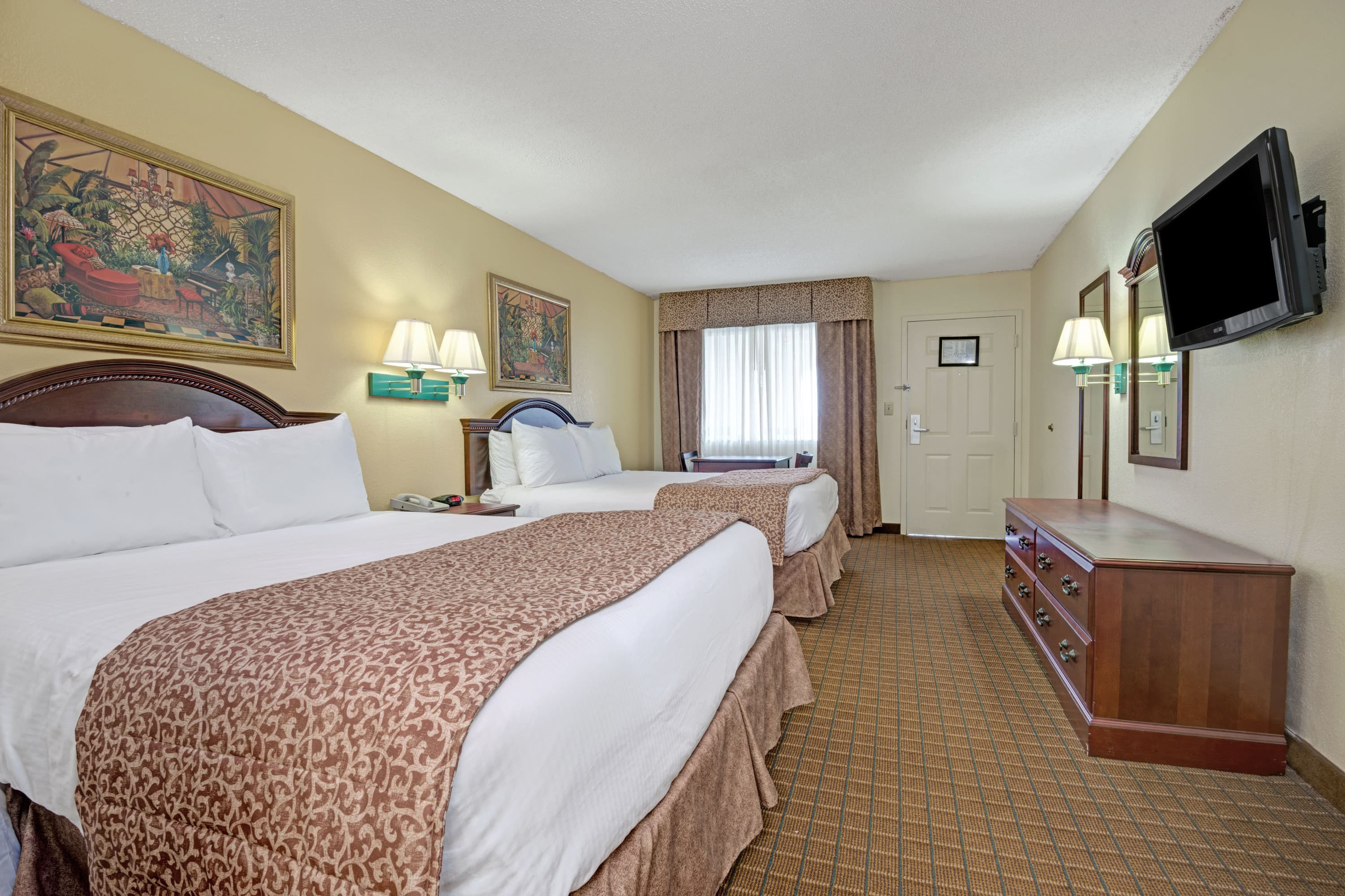 Guest room at the Baymont Inn & Suites Montgomery in Montgomery, Alabama