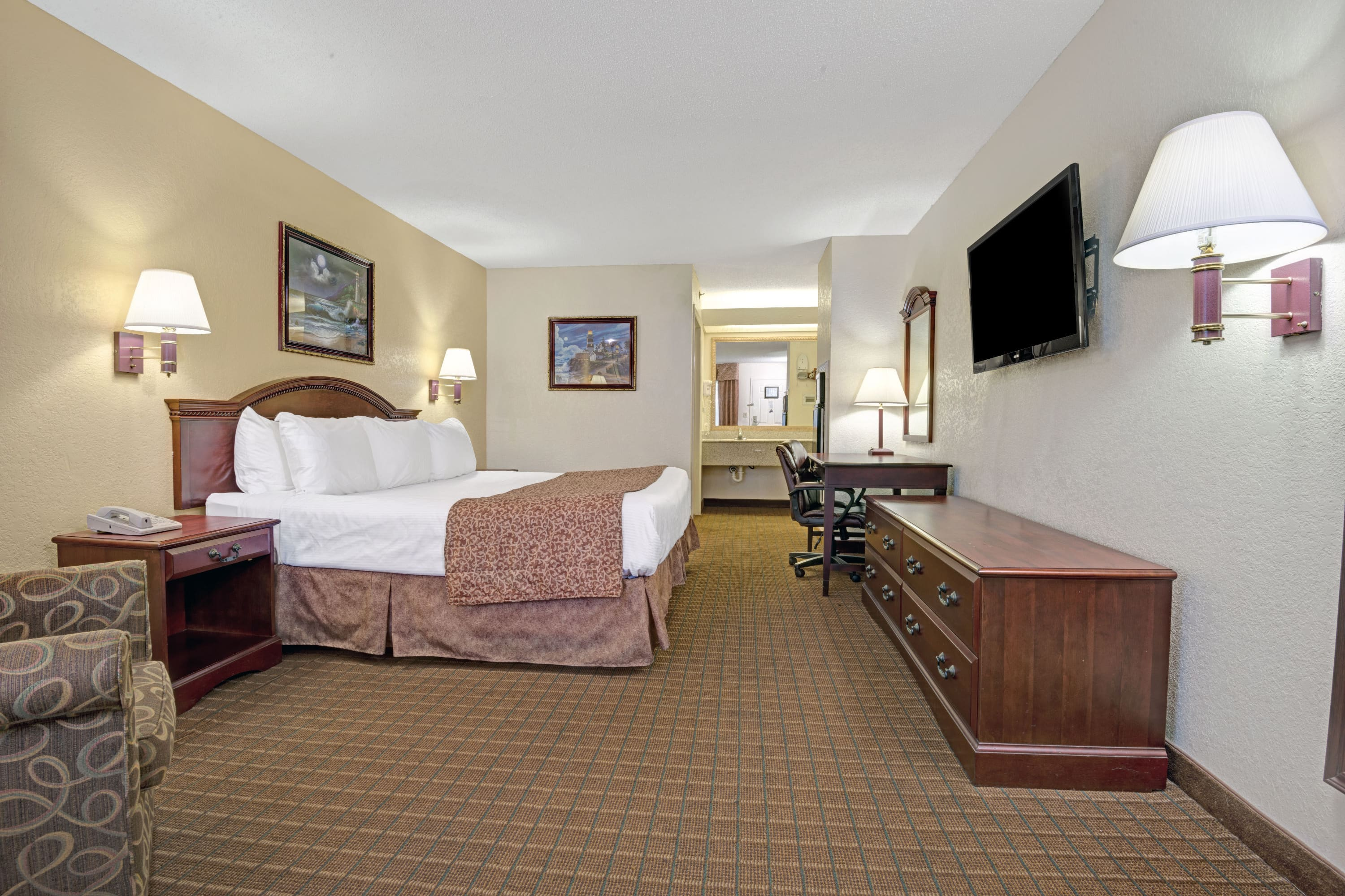 Baymont Inn & Suites Montgomery suite in Montgomery, Alabama