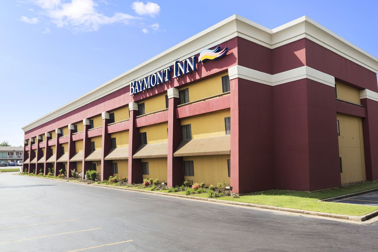 Baymont Inn & Suites Fort Smith in Sallisaw, Oklahoma
