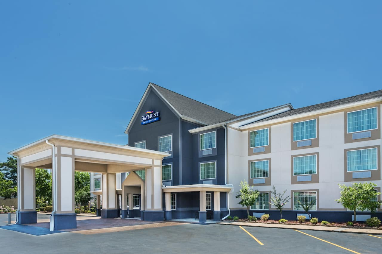 Baymont Inn & Suites North Little Rock in Jacksonville, Arkansas