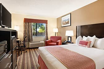 Guest room at the Baymont Inn & Suites Anderson in Anderson, California