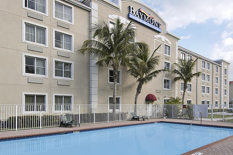 Pool At The Baymont Inn Suites Miami D In Florida