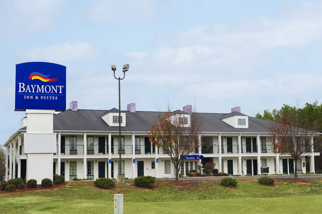 Baymont Inn & Suites Dublin in  Dublin,  Georgia