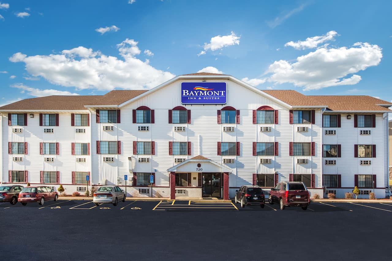 Baymont Inn & Suites Cedar Rapids in  Anamosa,  Iowa