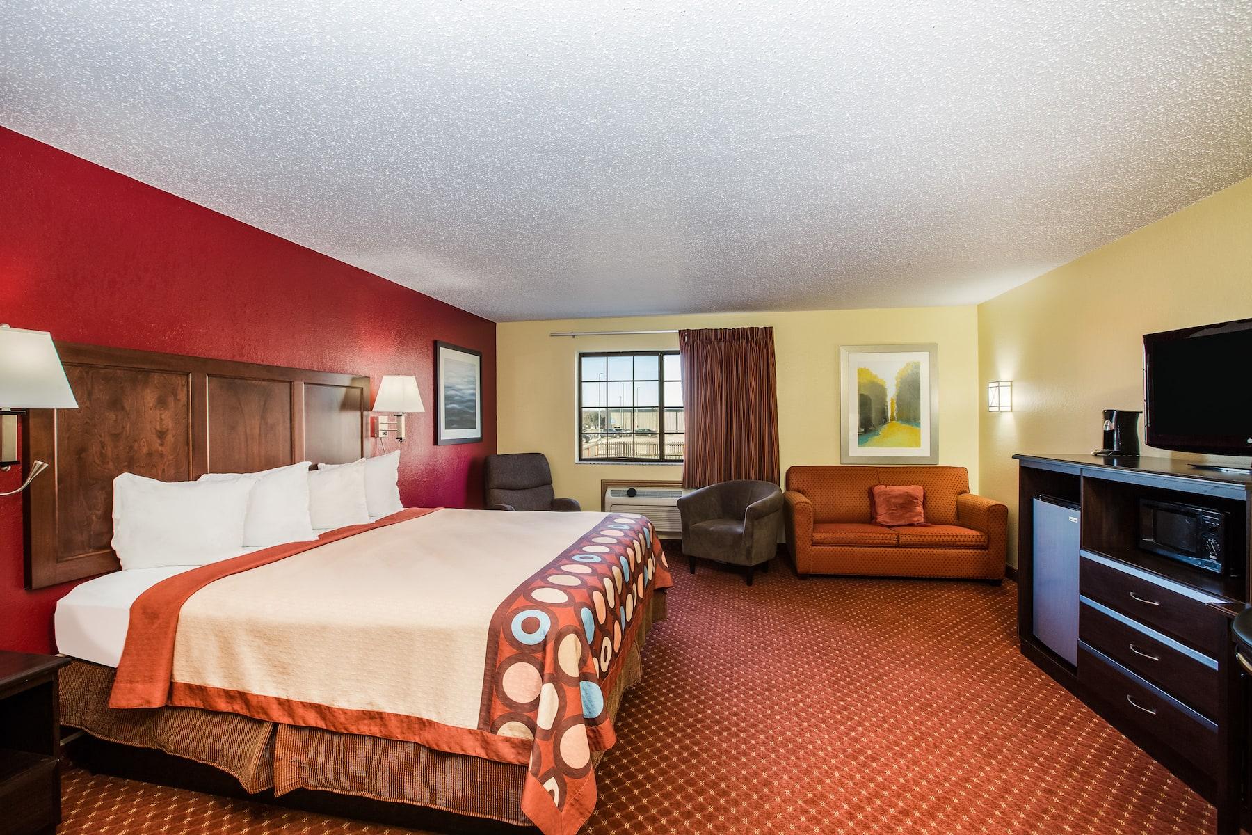Baymont By Wyndham Cedar Rapids Cedar Rapids Ia Hotels