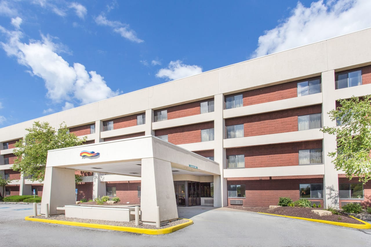Baymont Inn & Suites Davenport in  Walcott,  Iowa