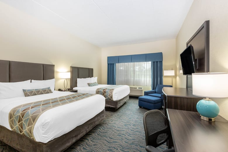Guest room at the Baymont by Wyndham Des Moines Airport in Des Moines Iowa
