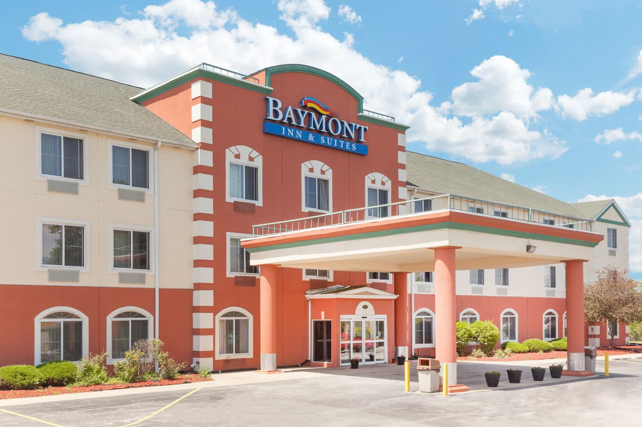Baymont Inn & Suites Chicago/Calumet City in Merrillville, Indiana