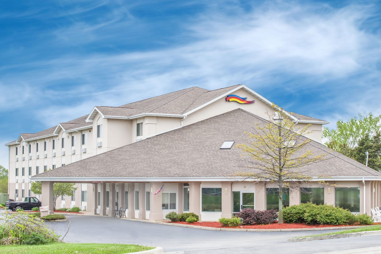 Baymont Inn & Suites Freeport in  Freeport,  Illinois