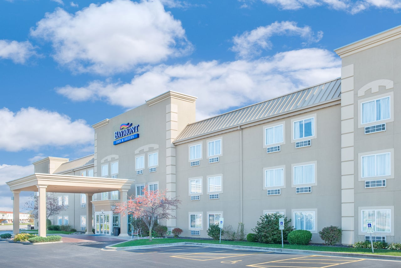 Baymont Inn & Suites Litchfield in  Litchfield,  Illinois
