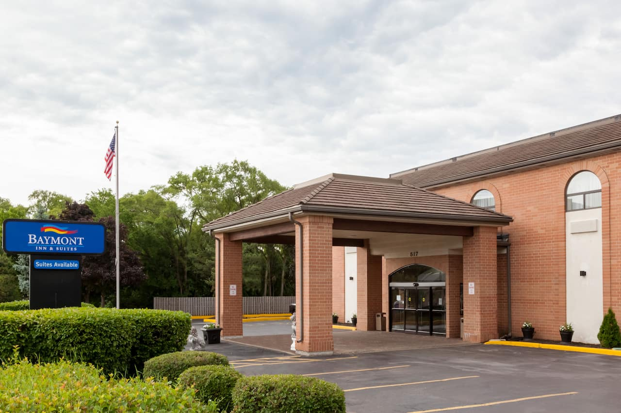 Baymont Inn & Suites Mundelein Libertyville Area in Lake Bluff, Illinois