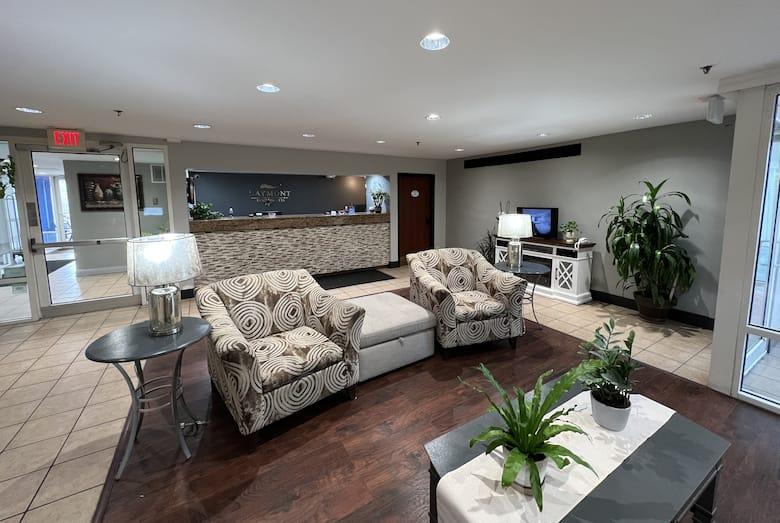 Baymont Inn Suites Peoria Hotel Lobby In Illinois
