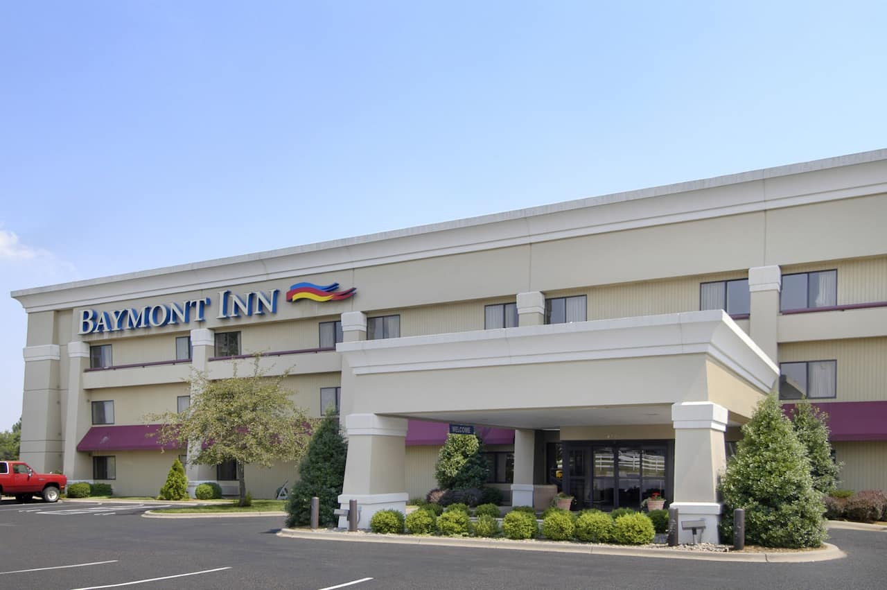 Baymont Inn & Suites Corydon in Sellersburg, Indiana