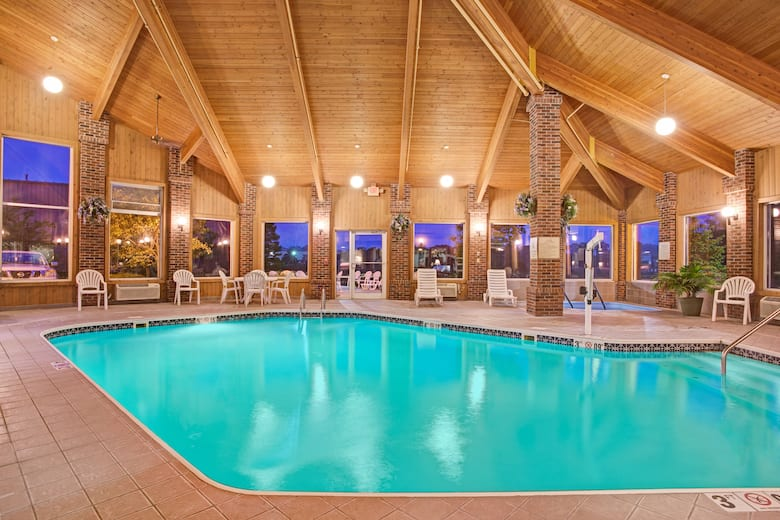 Book Baymont Inn Suites Indianapolis Airport North In