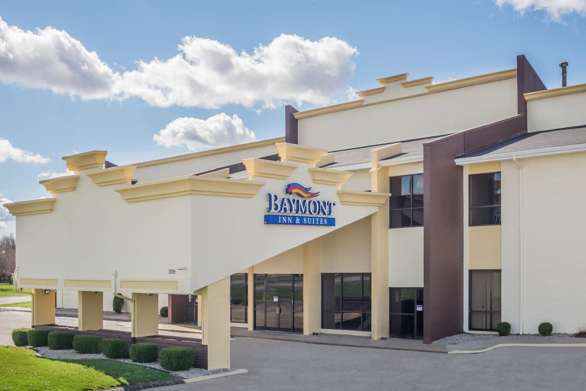 Exterior Of Baymont Inn Suites Kokomo Hotel In Indiana
