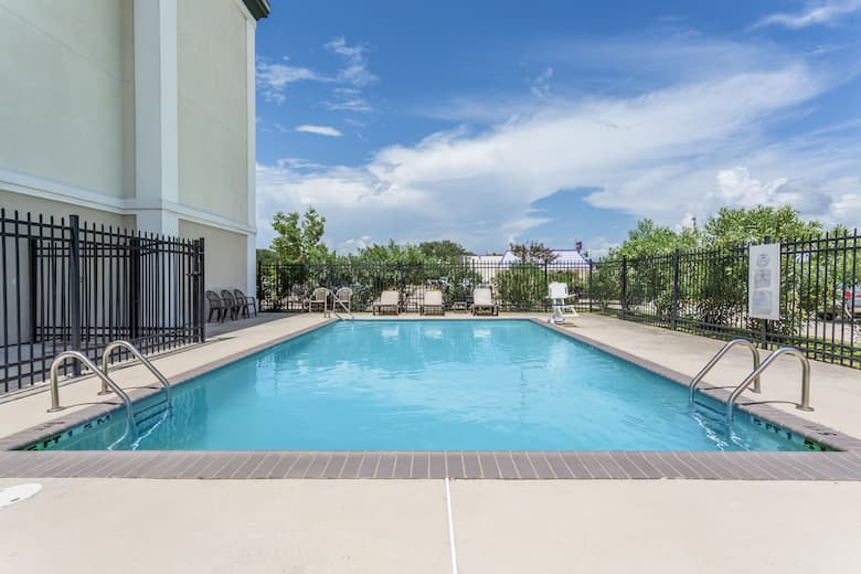 Pool At The Baymont By Wyndham Houma In Louisiana