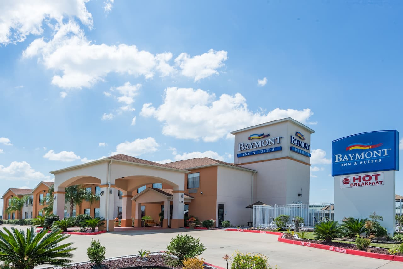 Baymont Inn & Suites Sulphur in Lake Charles, Louisiana