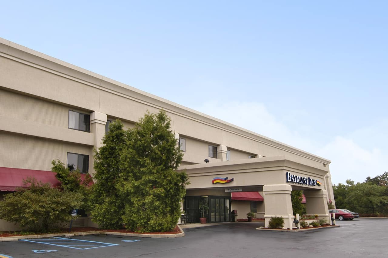 Baymont Inn & Suites Battle Creek/I-94 in Kalamazoo, Michigan