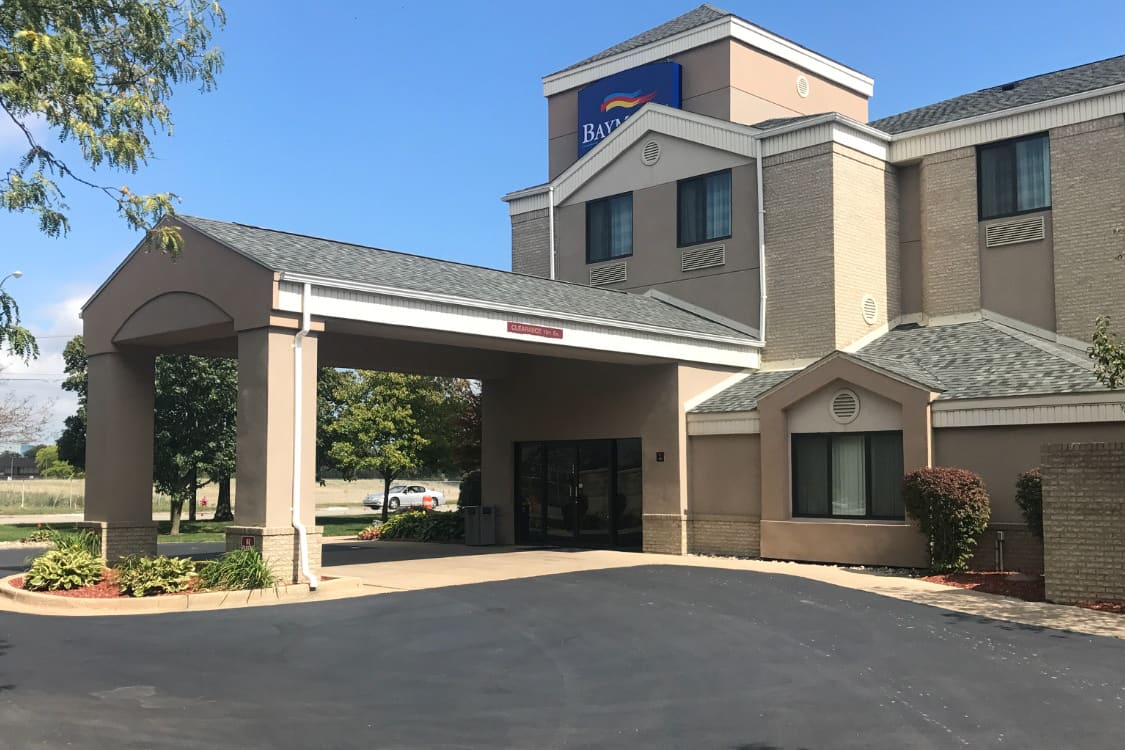 Exterior Of Baymont Inn Suites Flat Rock Hotel In Michigan