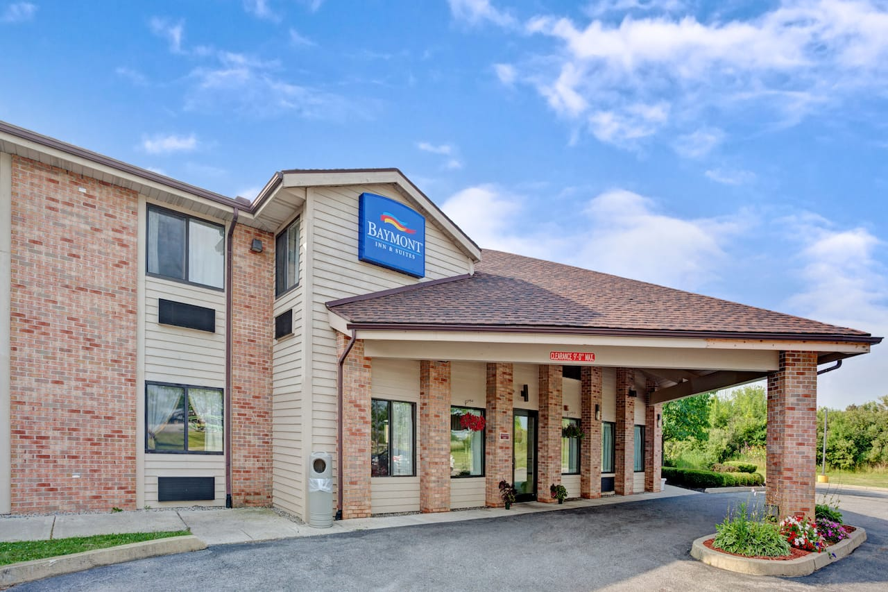 Baymont Inn & Suites Monroe in Dundee, Michigan