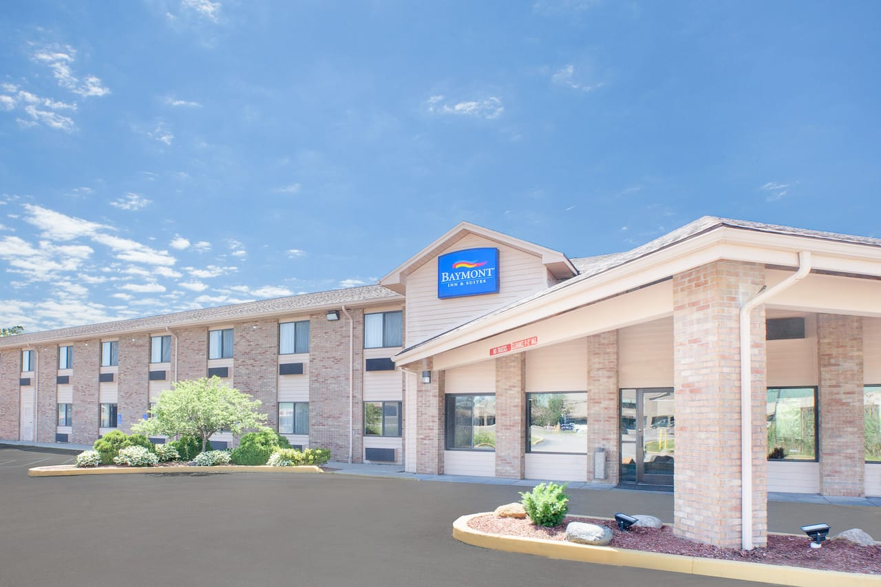 Baymont Inn & Suites Port Huron in Port Huron, Michigan