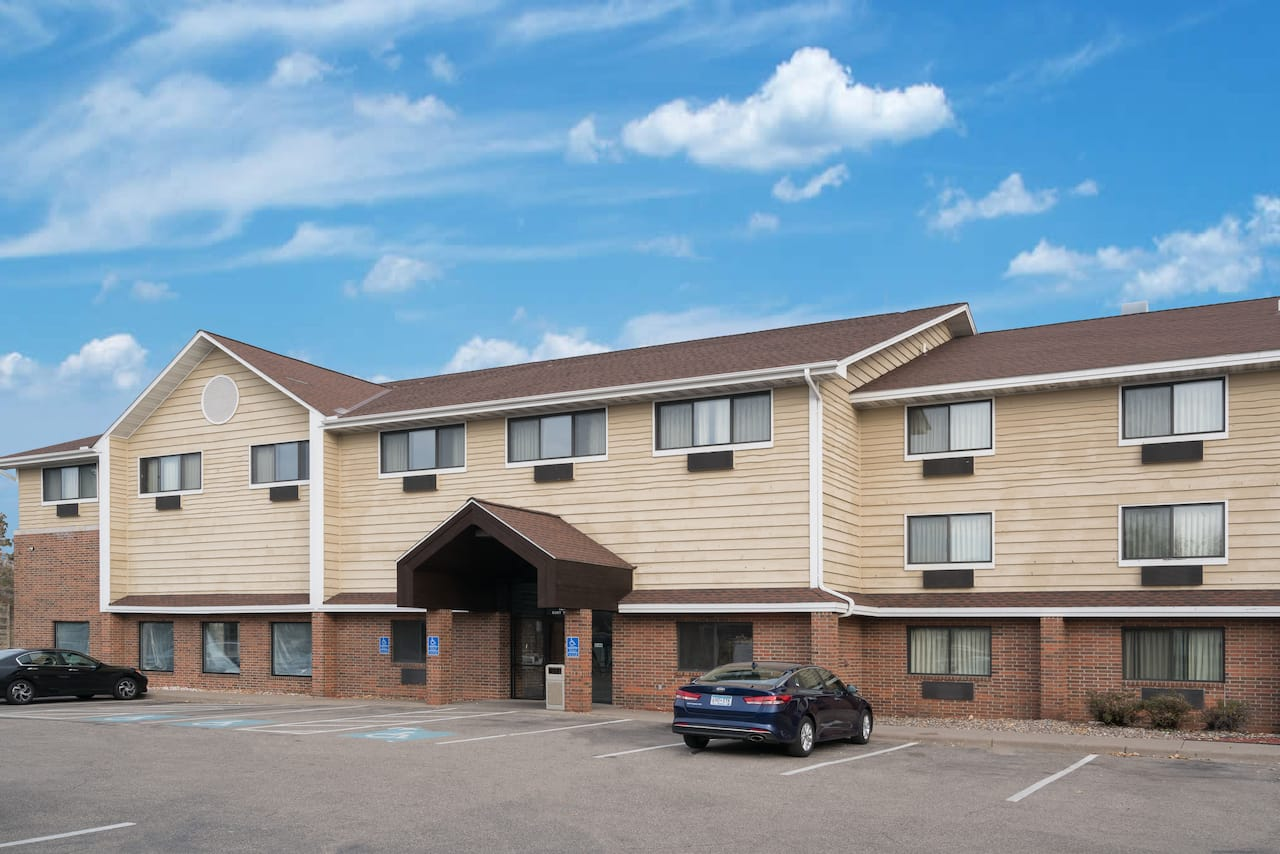 Baymont Inn & Suites Bloomington MSP Airport in Saint Paul, Minnesota