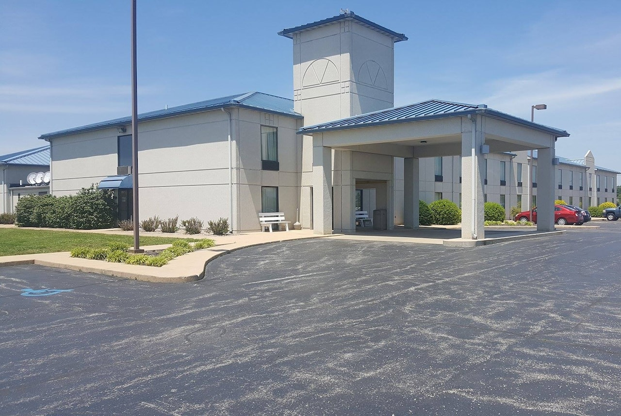 Baymont Inn & Suites West Plains in  West Plains,  Missouri