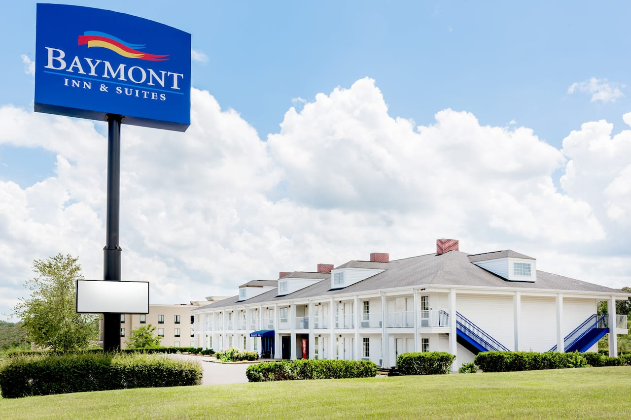 Baymont Inn & Suites Grenada in Grenada, Mississippi