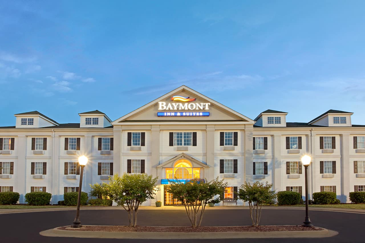 Baymont Inn & Suites Pearl in  Richland,  Mississippi