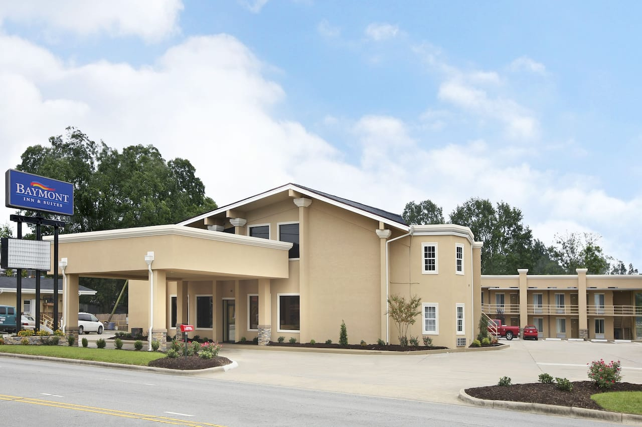 Baymont Inn & Suites Chocowinity/Washington in Williamston, North Carolina