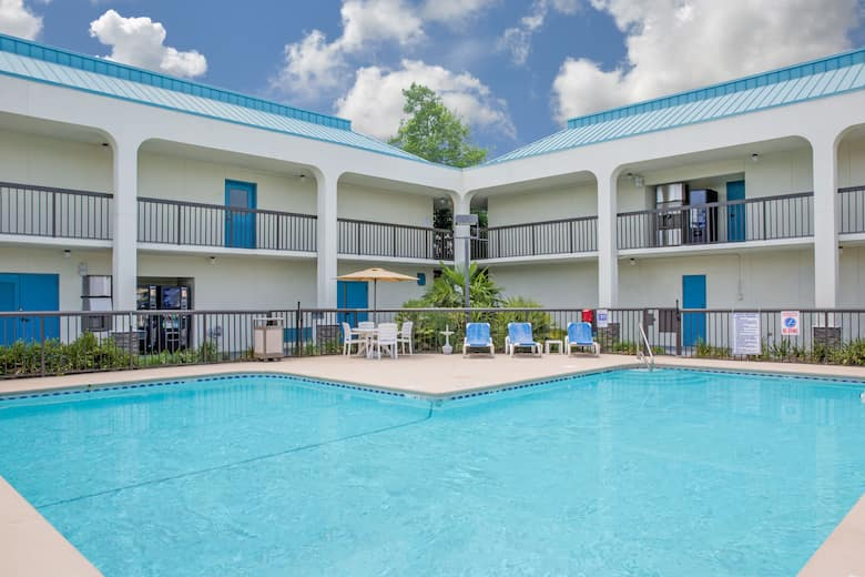 Pool At The Baymont By Wyndham Camp Lejeune In Jacksonville North Carolina