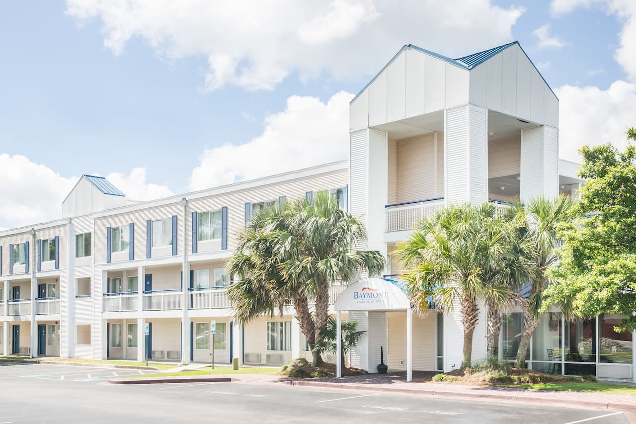 Baymont Inn & Suites Wilmington in Wilmington, North Carolina