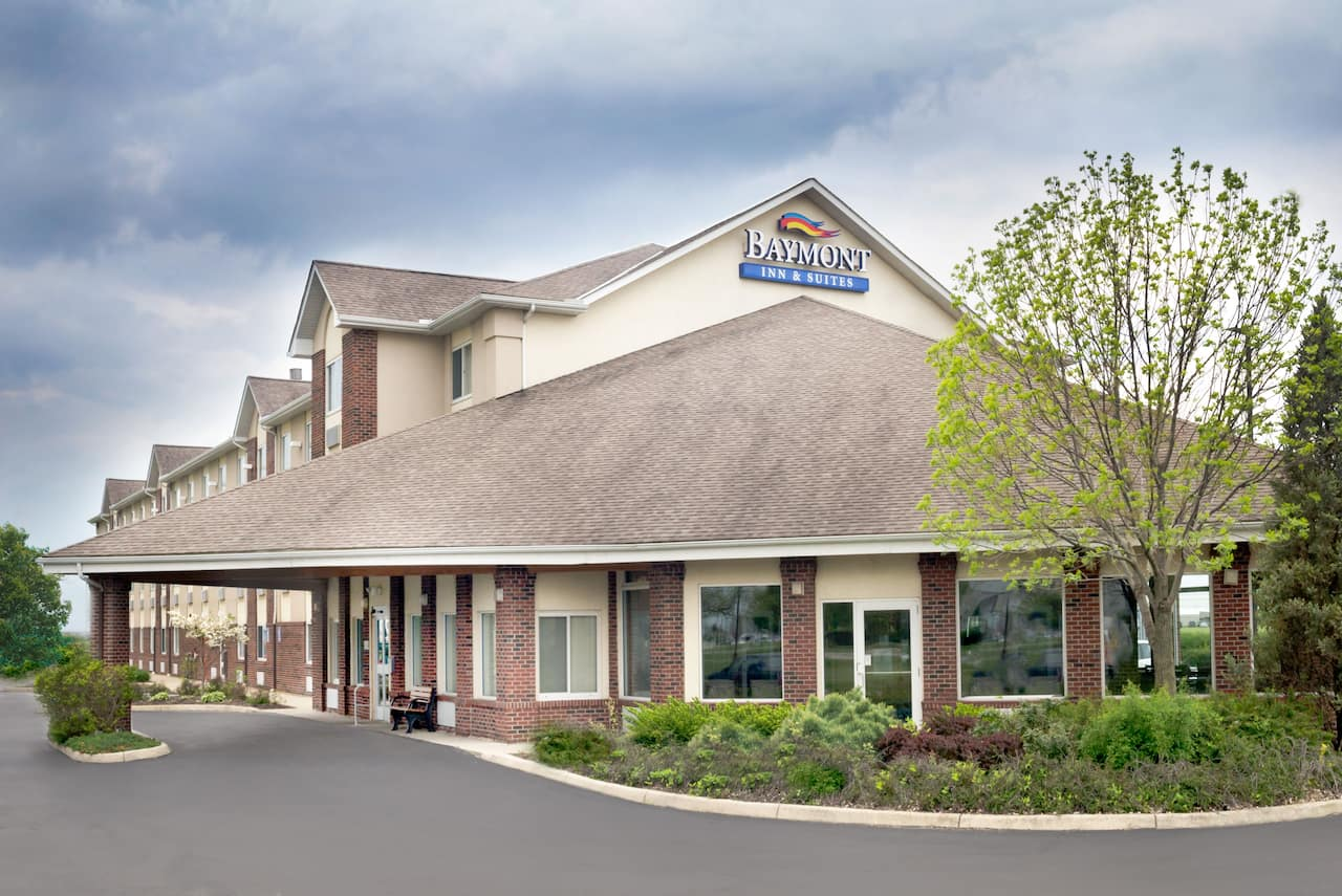 Baymont Inn & Suites Columbus/Rickenbacker in Columbus, Ohio