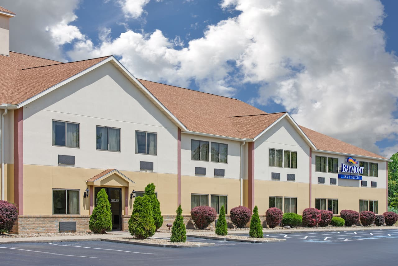 Baymont Inn & Suites Boston Heights/Hudson in Wickliffe, Ohio