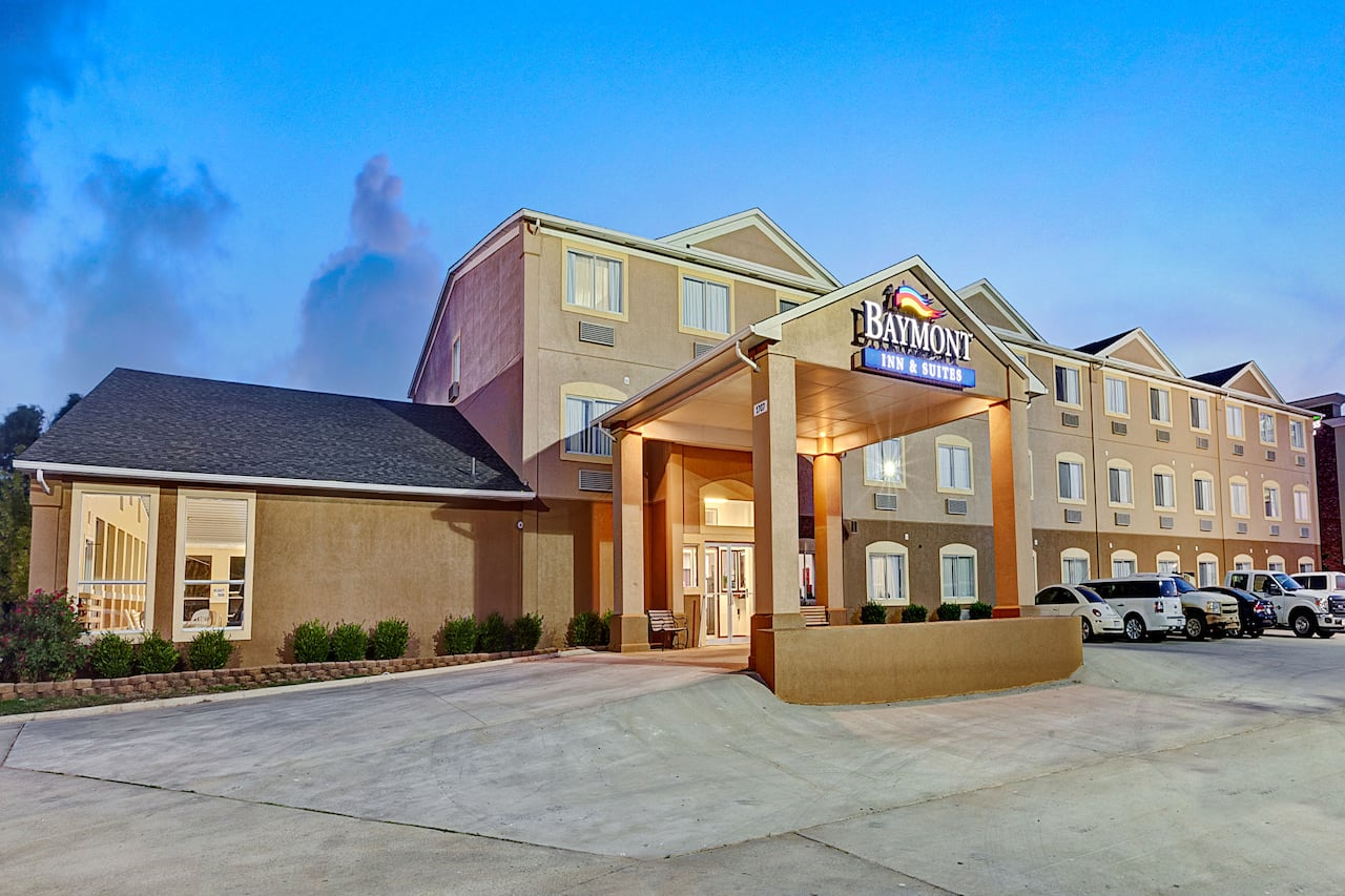 at the Baymont Inn & Suites El Reno in El Reno, Oklahoma