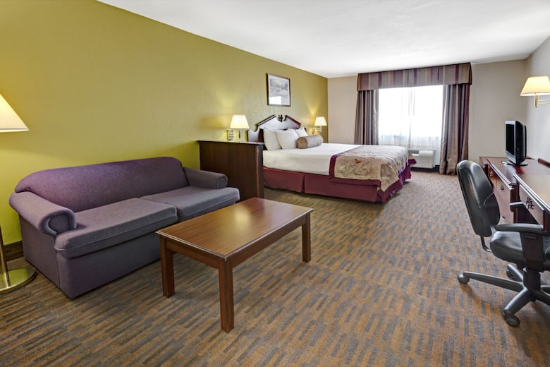 Guest Room At The Baymont Inn Suites El Reno In Oklahoma
