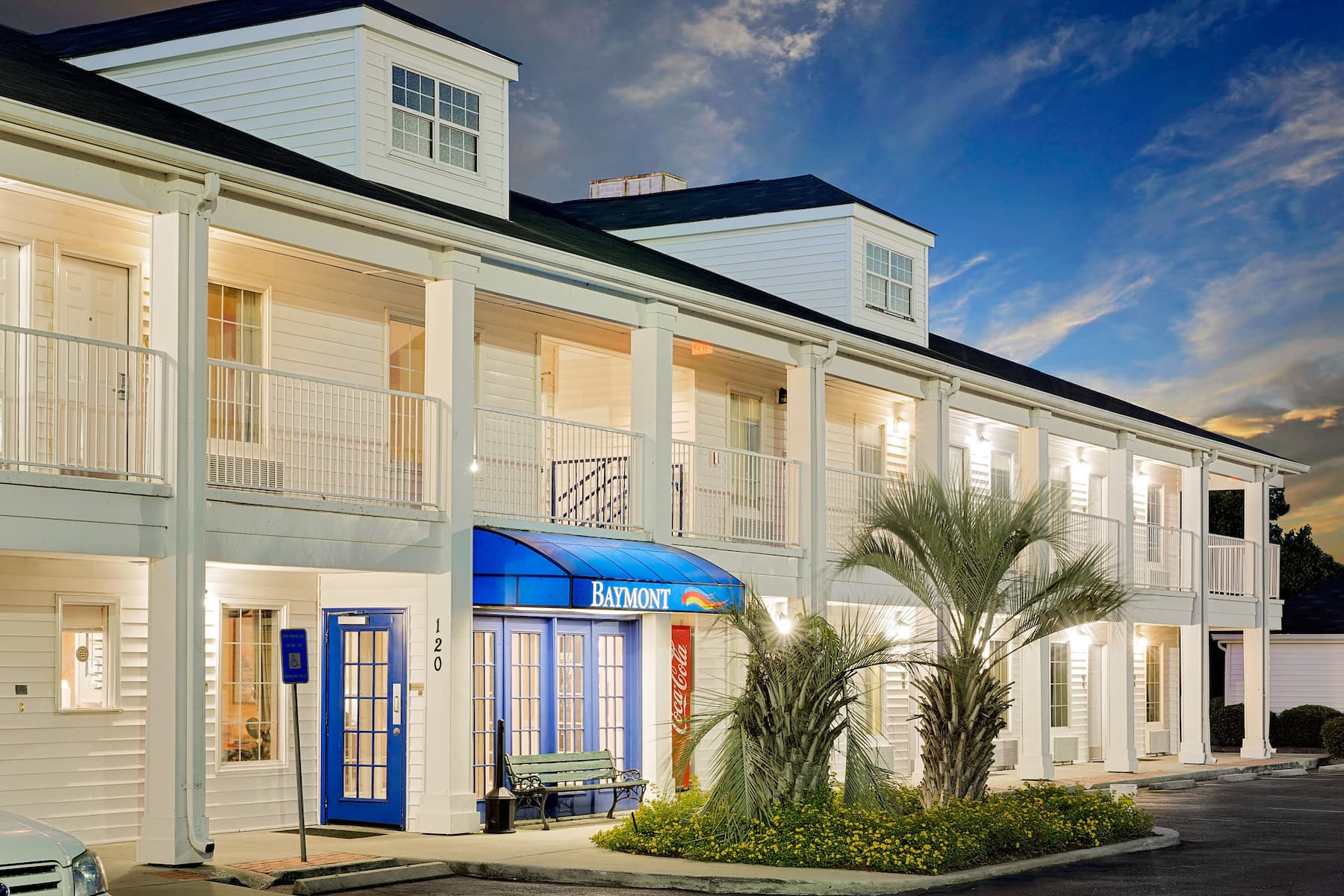 Exterior of Baymont by Wyndham Georgetown/Near Georgetown Marina hotel in Georgetown, South Carolina