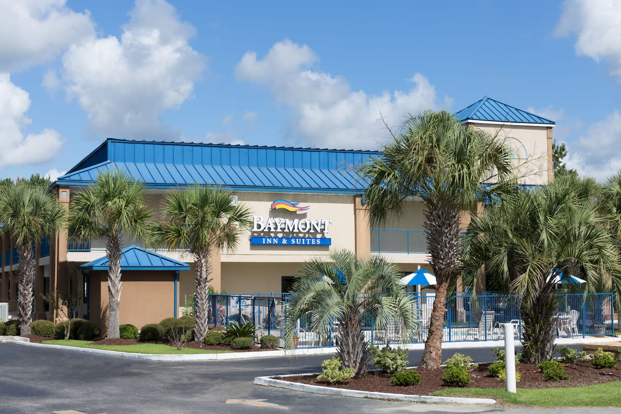 Baymont Inn & Suites Manning in  Summerton,  South Carolina