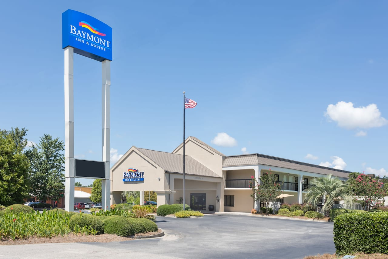 Baymont Inn & Suites Orangeburg North in Denmark, South Carolina